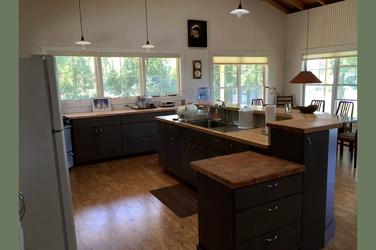 Lake Champlain Island Vacation Kitchen