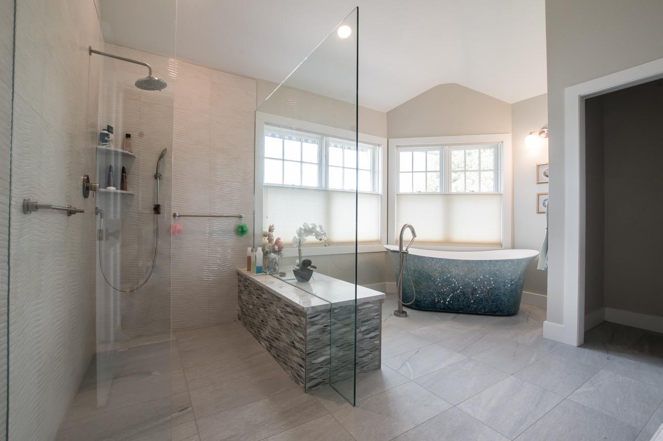 Grand Isle Master Bath